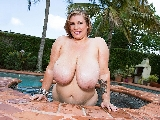 Renee Ross Titty Show is Back