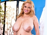 Liza Biggs Big Boob Rubdown